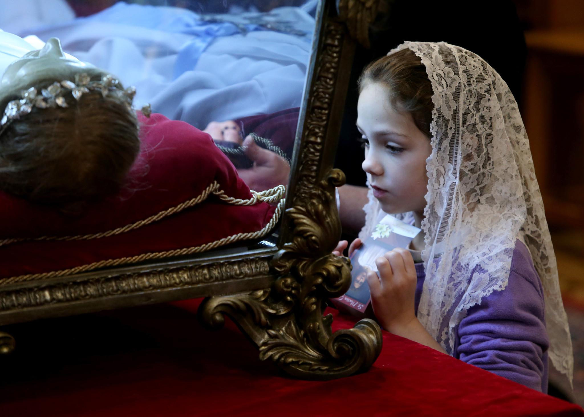 L 8 dicembre si festeggia la sottomissione della donna for Quando si festeggia santa ilaria