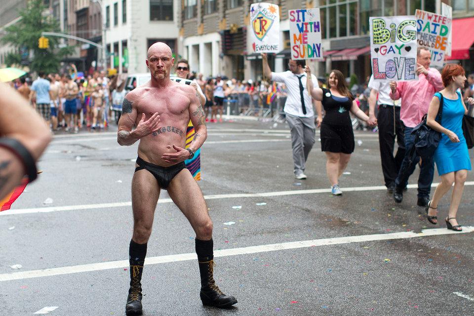omosessuali si nasce Anzio