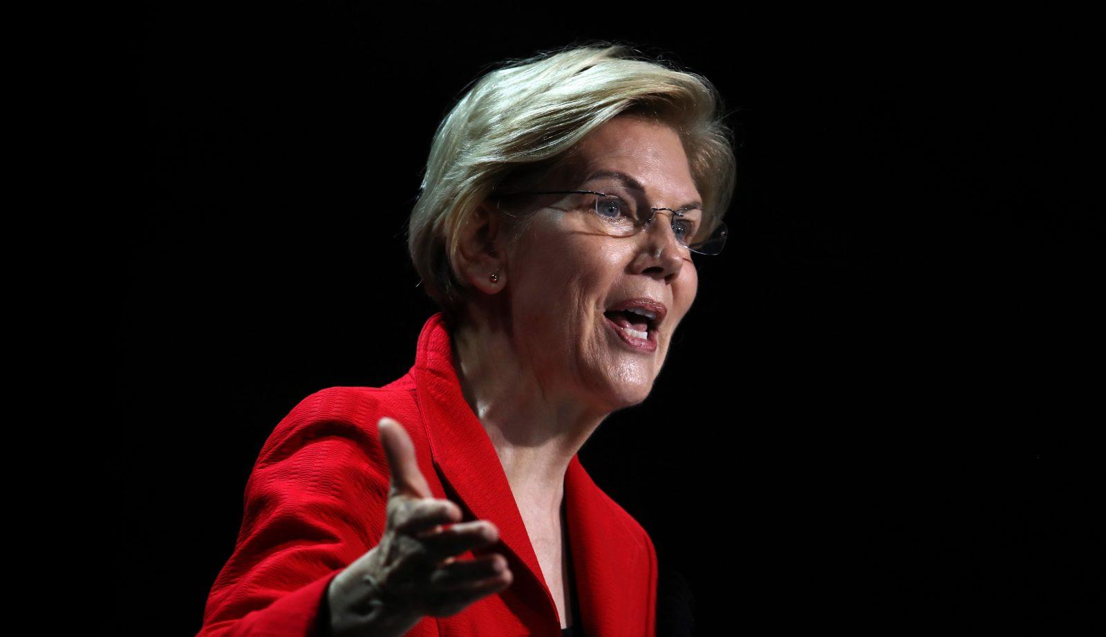 Perché le donne devono dimostrare di essere più forti degli uomini per essere elette in politica?